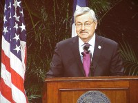 Branstad delivers testimony before the National Commission on the Future of the Army